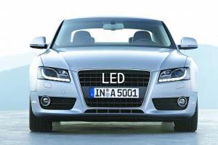 led车灯成未来汽车照明系统时尚新宠高清图片
