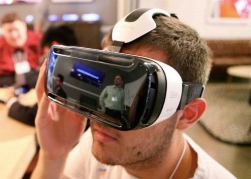 小扎与马云都在做VR:创业者如何避免成为炮灰?