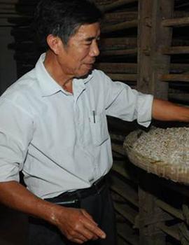 """""""东莞味道""""寮步豆酱的传承 两代人接力促发展"""