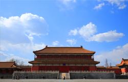 故宫文创:满足公众需求 弘扬中华文化