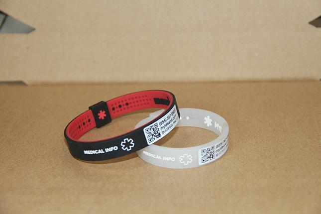 wristband001