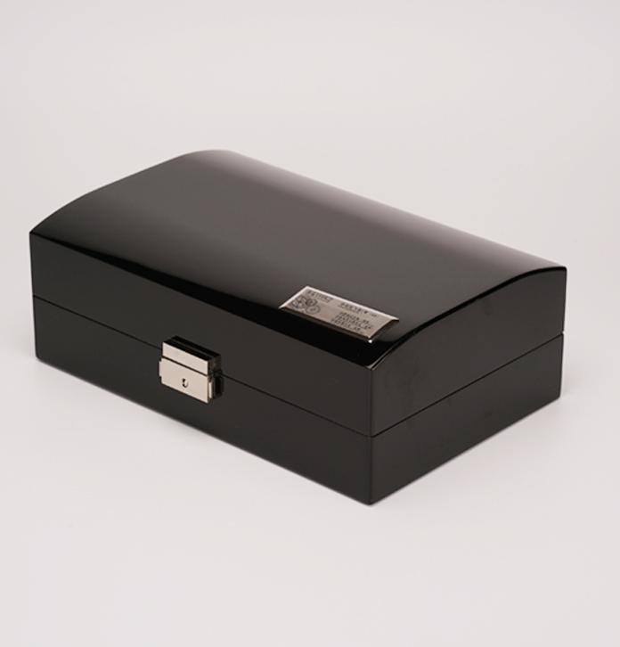 黑色皮紋高檔手表包裝盒
