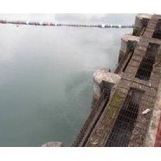 山西水电站拦污栅公司闸门水下清淤