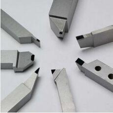 车加工HRC55-62度淬火料用华菱PCBN刀具更耐磨