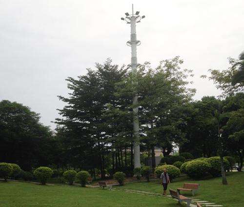高杆灯型基站一体化美化天线