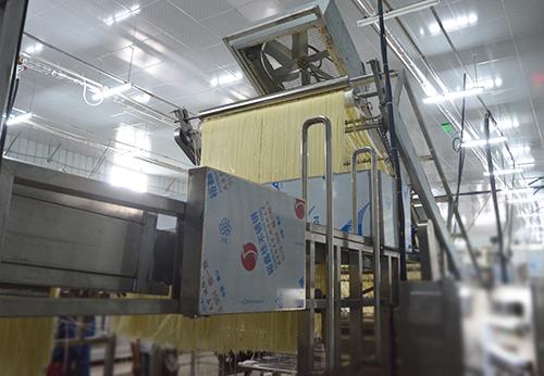 黑科技!全自动米粉生产线,采用一键式调控系统