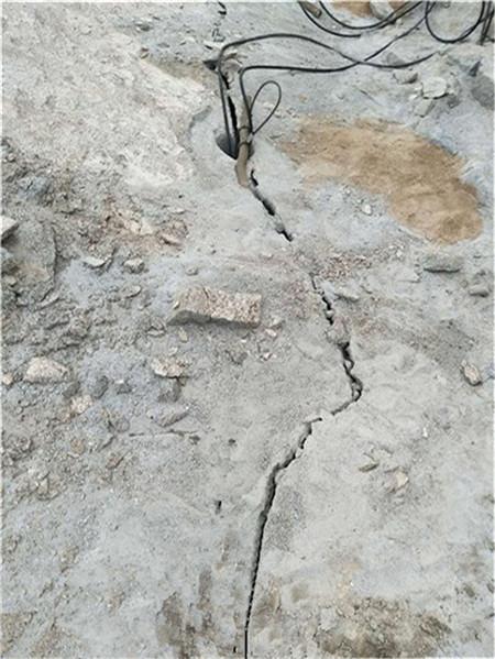 西宁岩石开采劈裂机大裂石机市场售价