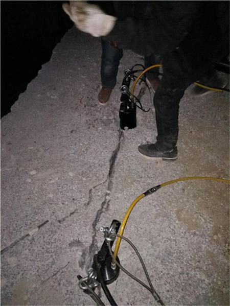 齊齊哈爾礦山開采不讓放炮還有那些方法破石頭