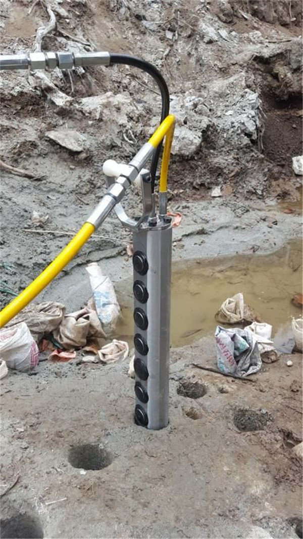 坑道壕溝開挖劈開石頭分裂機施工教學