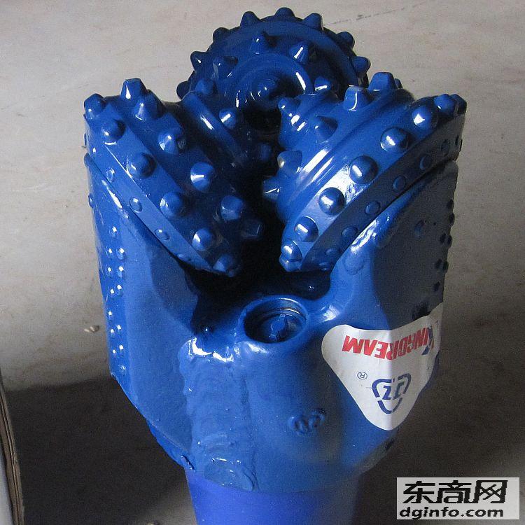 供應HA216抗壓強度較高的中等硬度并有硬夾層的地層使用鉆頭