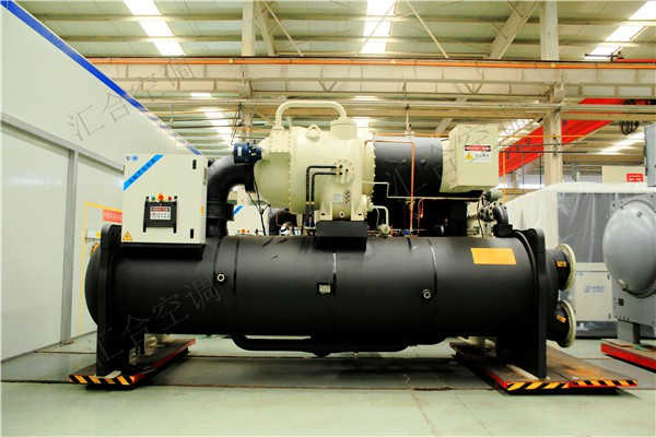 商用箱體式水源熱泵_螺桿式水源熱泵批發新聞