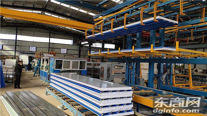 工业码垛机器人在智能化彩钢复合板生产车间的应用