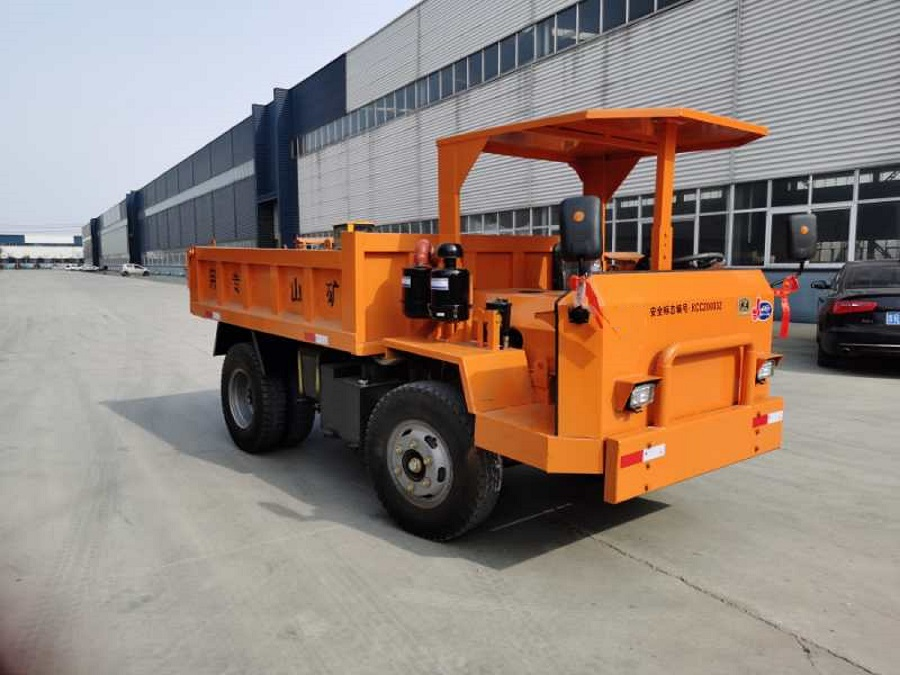 赤峰市16噸中型礦用井下運輸車、8噸10噸保質保量