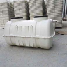 齐齐哈尔三格玻璃钢化粪池规格旱厕改造化粪池厂家