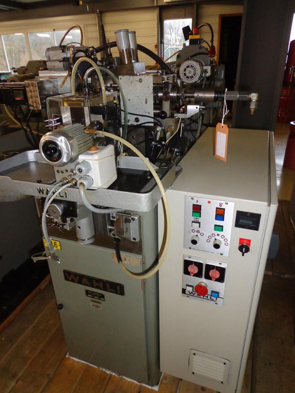 WAHLI W 92滚齿机二手的太旧海关允许进口采购吗?