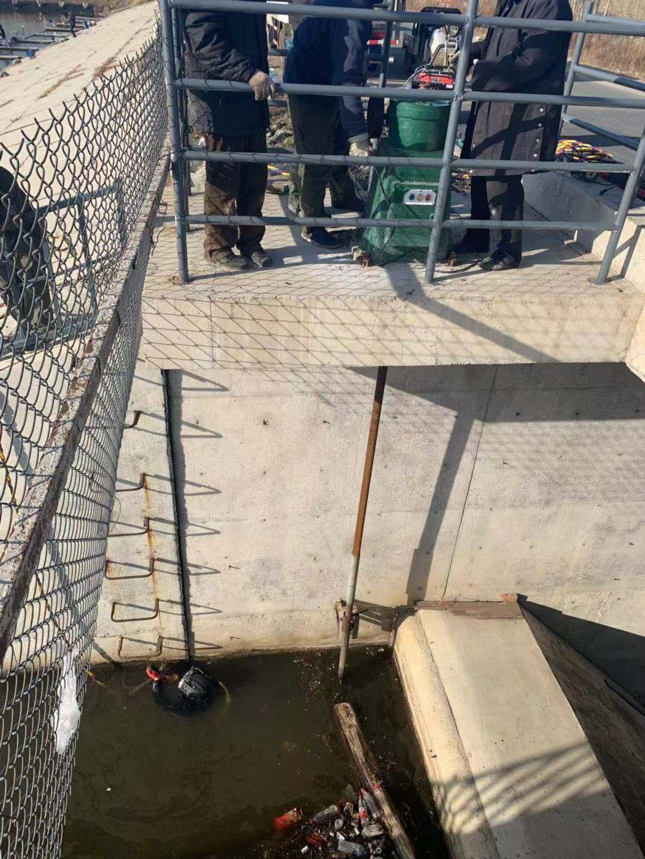 吉安市管道蛙人潜水堵漏公司本地服务