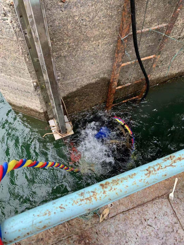 武汉市潜水打捞公司来电详谈