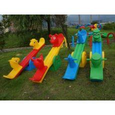 选购优惠的广西塑料跷跷板,就来红太阳幼教设备公司