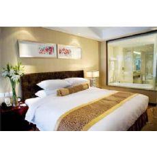 酒店宾馆床上白色床单