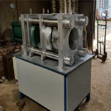 河北宇星- 大型锁管扣压机 扣管范围直径6-300mm