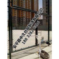 体育场护栏网 运动场铁丝菱形勾花护栏网 球场围栏网