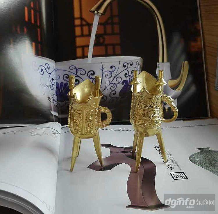 三脚酒杯 铜工艺品 古代酒杯 仿古乾隆酒杯 秦始皇三角酒杯 爵杯