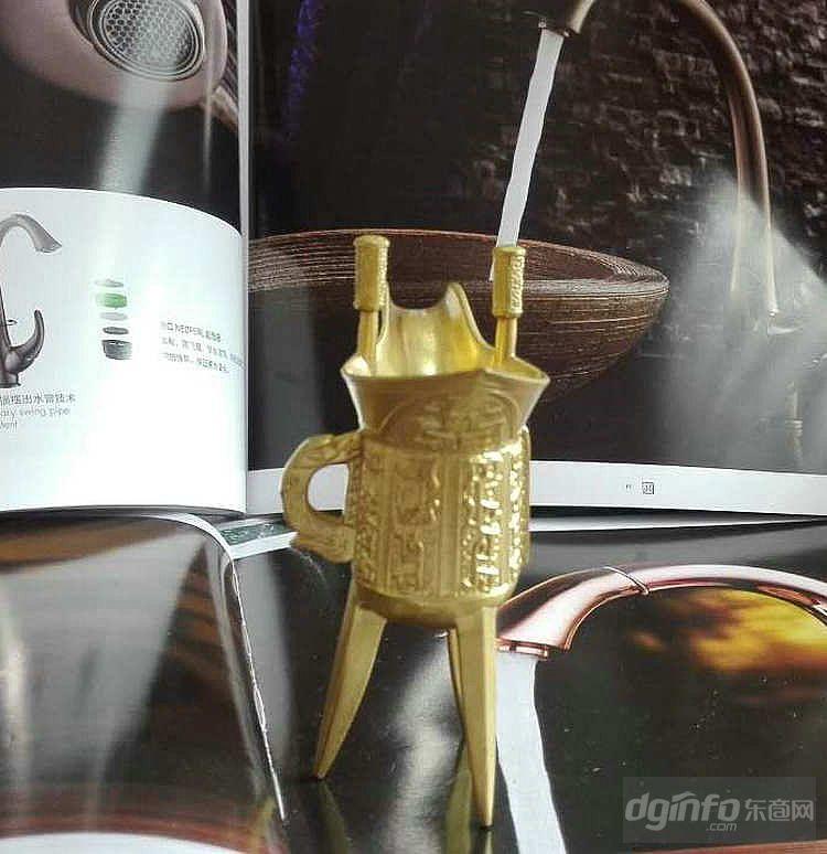 古代铜酒杯 仿古乾隆杯 三脚酒杯 铜制工艺品 黄铜摆件礼品批发