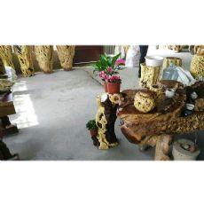 独创的枣木花架当选宏达根艺雕刻中心_枣木花架厂家
