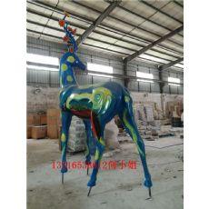 玻璃钢彩绘鹿雕塑