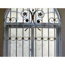 广西铁艺护窗厂家直销——优惠的铁艺窗要到哪买