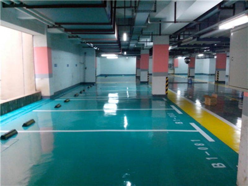 黔西南地坪铺设施工过程%正有体育