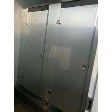 河南卫生间隔断门加工厂哪家更值得我们优选?
