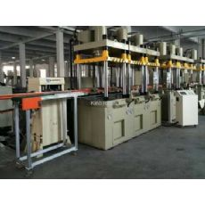 多工位聯動沖壓機械手_液壓機連線自動化生產線