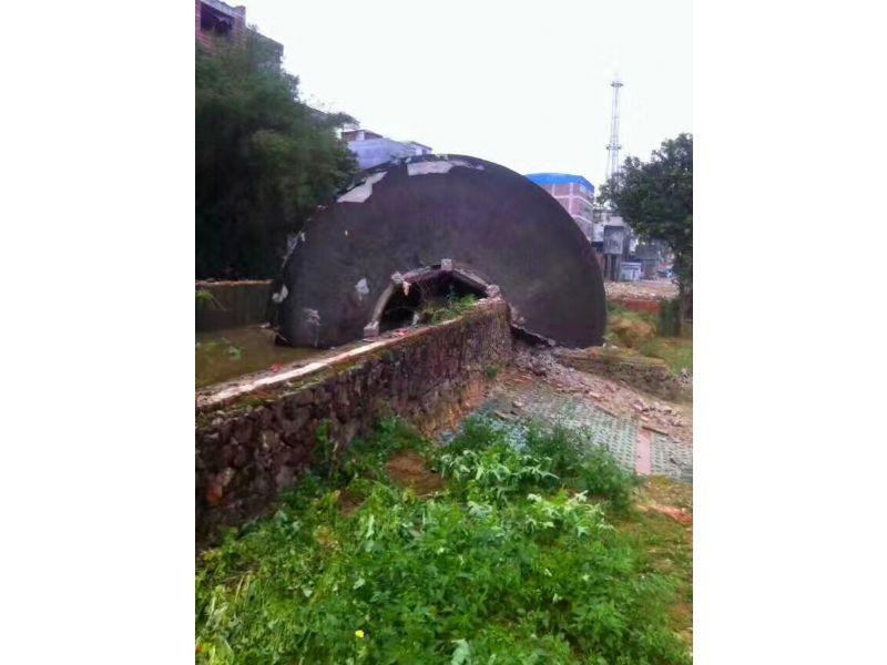 广西壮族自治砖烟囱拆除公司/欢迎访问
