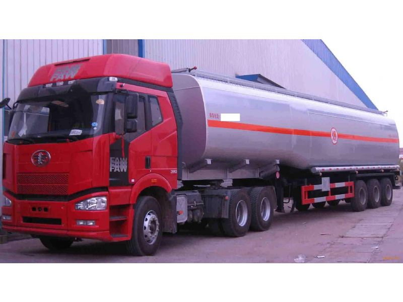 泰安二甲胺水溶液40%经销商桶装出厂