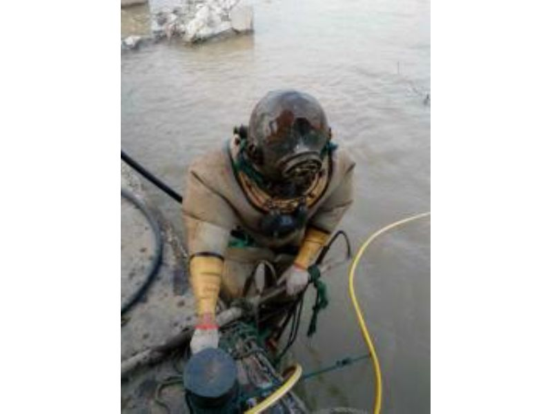 鹽城潛水員打撈隊專業團隊服務