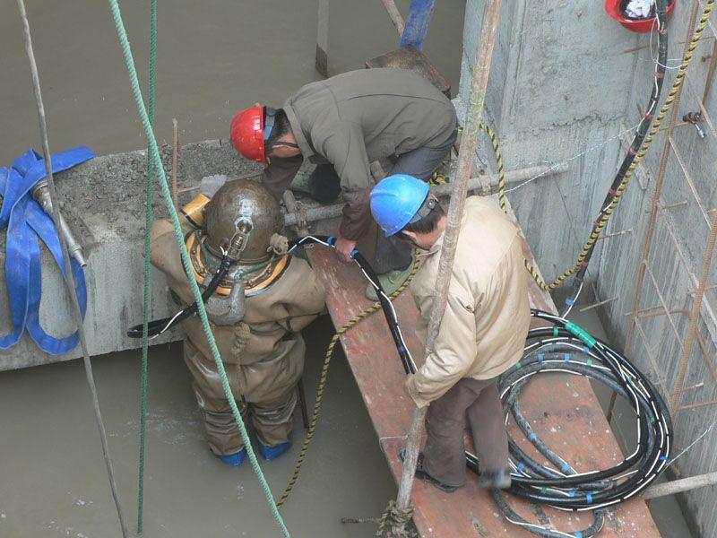新闻:池州市水库堵漏封堵作业公司欢迎访问