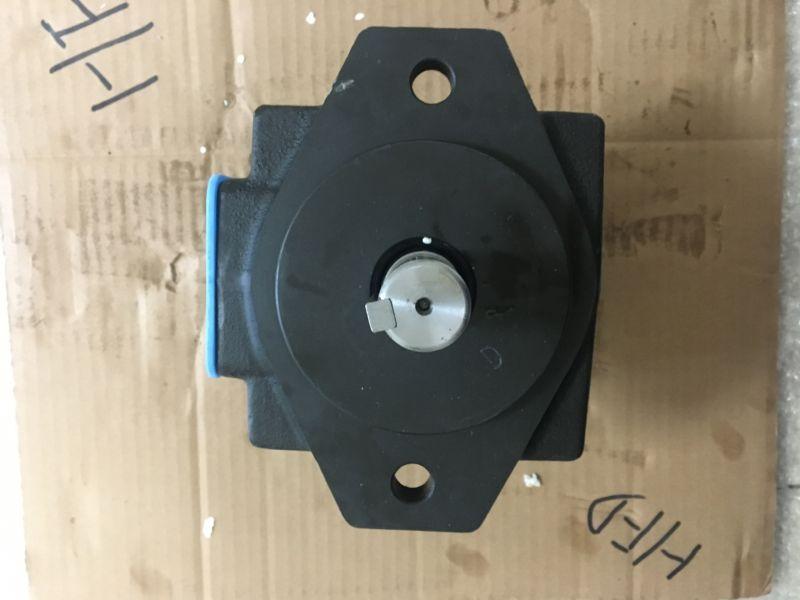 油研叶片泵价格PV2R3-76拖拉机液压油泵