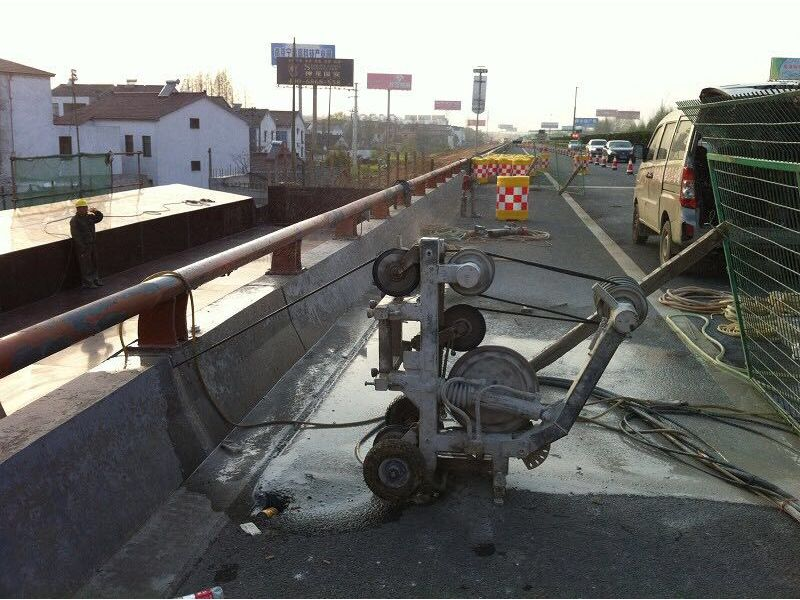 琼中桥梁临时支座切割/桥梁拆除方案