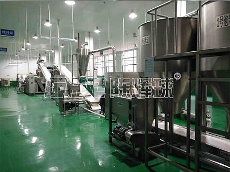 选择大型的米线生产设备,先来陈辉球实地考察