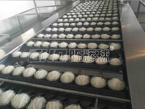 米粉设备厂家——技术培训老师傅专业引导