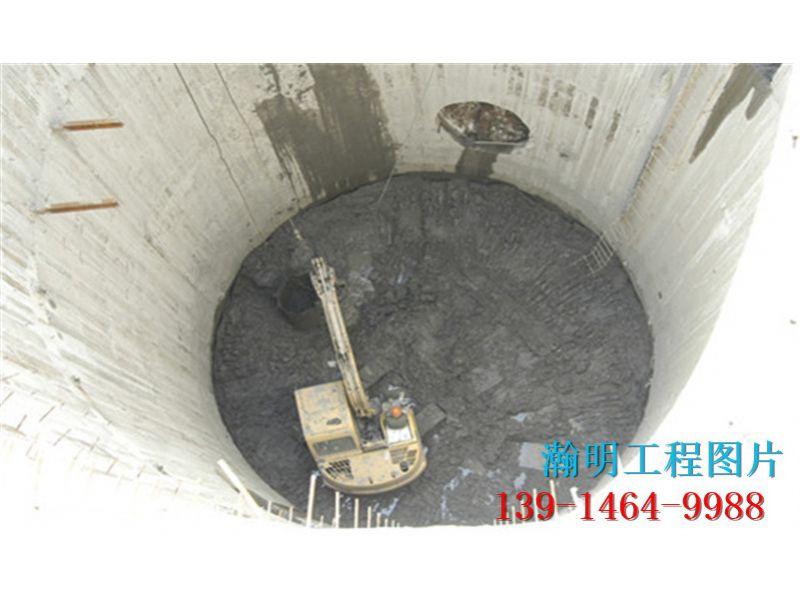 黔南水下铺管子-工程方面