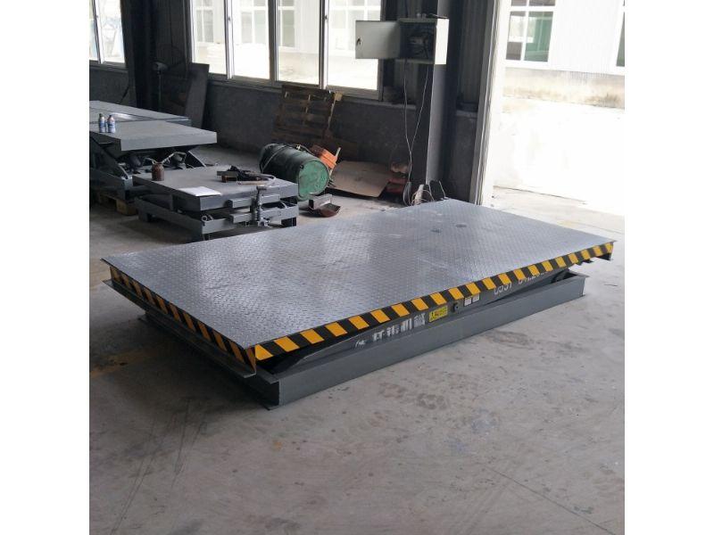 铜陵市电动液压固定剪叉式升降机平台生产厂家